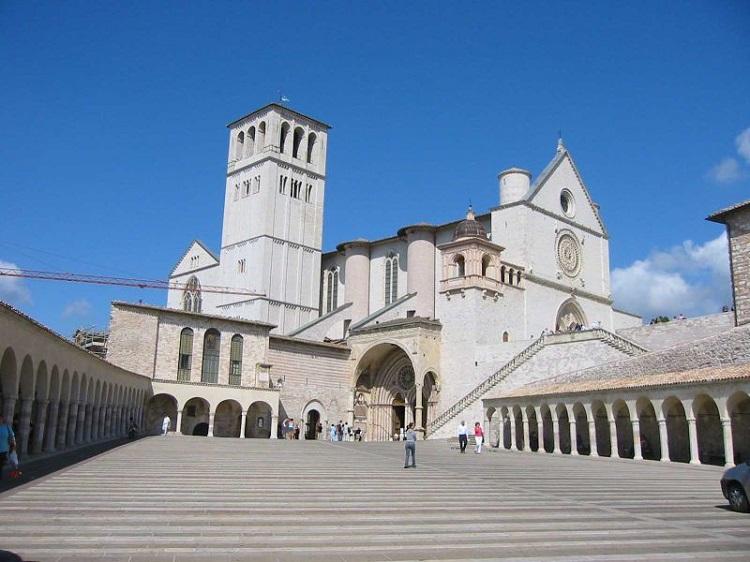 Церковь в Сан-Марино