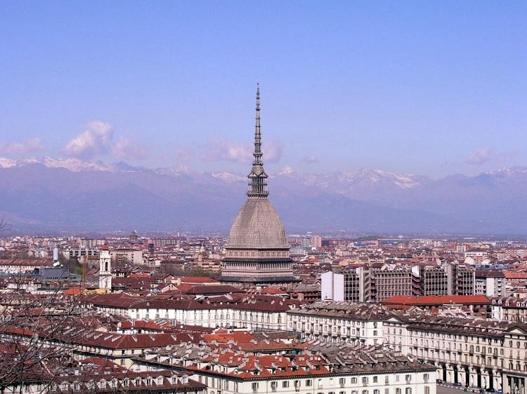 Башня Моле-Антонеллиана