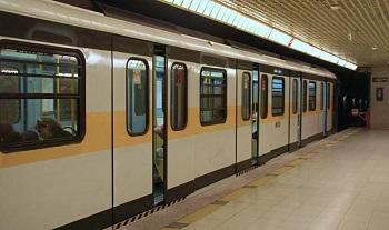 Фото метро Милана