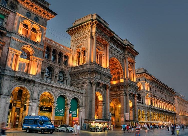 Торговый центр в Милане