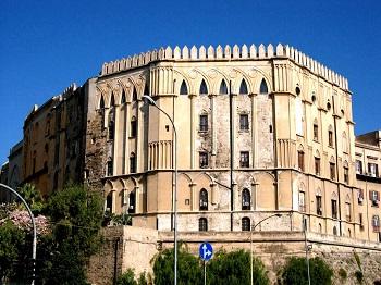 Достопримечательность Палаццо-Норманни  в Палермо