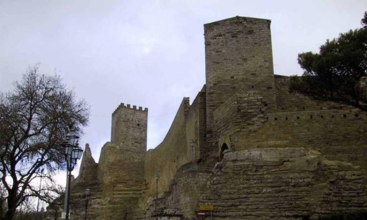 Древнейший замок Сицилии - Кастелло ди Ломбардия