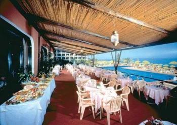 Что предлагают рестораны в Джардини Наксос?