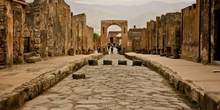 Где находятся Помпеи и что там сегодня