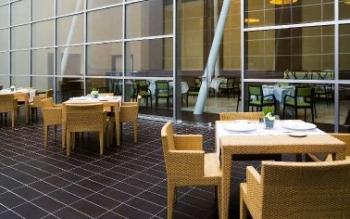 Где в аэропорте Мальпенса перекусить?