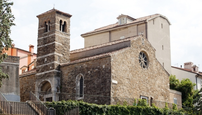 Собор Святого Иуста возле одноименного замка в Триесте