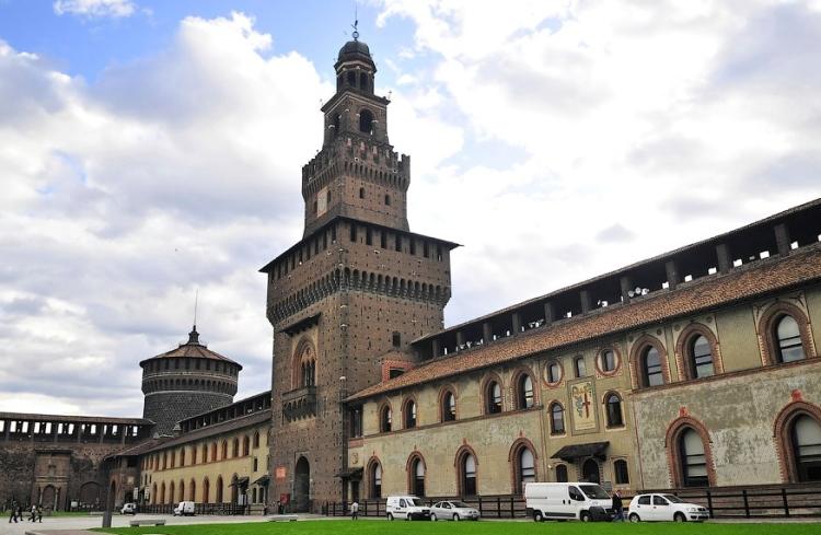 Фотография замка Сфорца в Милане