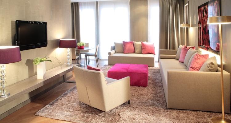 Интерьер номеров отеля Starhotels Rosa Grand