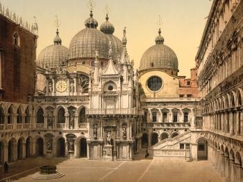История Дворца дожей - от первой версии до современного варианта