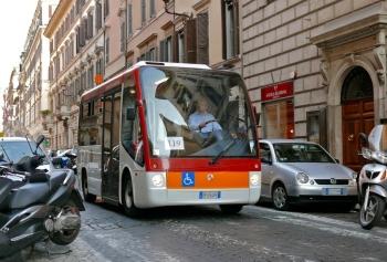 Добраться до Пьяцца Навона в Риме можно автобусом