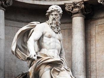 Фонтан де Треви в Риме - кому посвящена архитектурная композиция