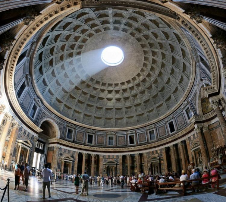 Пантеон в Риме - крыша изнутри