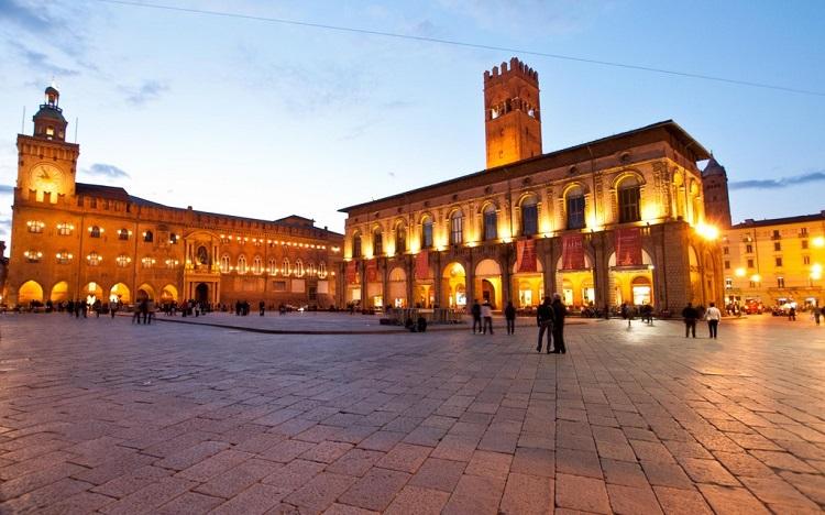 Дворец Палаццо Подеста — описание достопримечательности