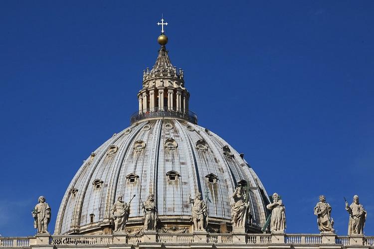 Купол Собора Святого Петра в Риме - творение знаменитого Микеланджело