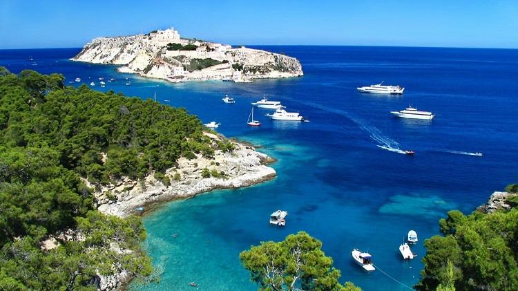 Курорты на побережье Тирренского моря - описание достопримечательностей