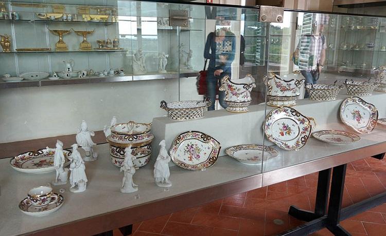Музей фарфора в Палаццо Питти - знаменитом музейном комплексе Флоренции
