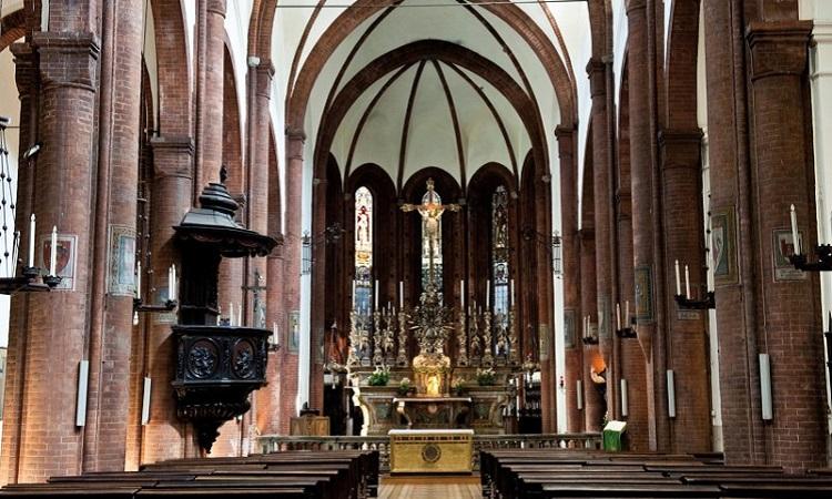 Что посмотреть в Болонье - знаменитая базилика Сан Петронио