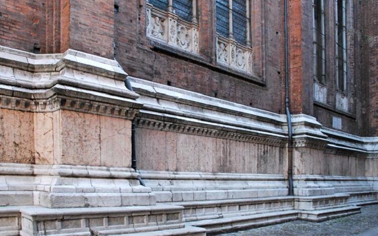 История строительства базилики Сан Петронио в Болонье