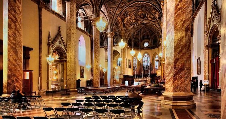 Кафедральный собор Сан Лоренцо в Генуе - история строительства сооружения