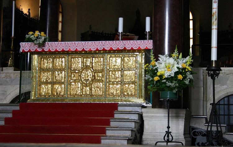 Описание достопримечательности - базилики Сант Амброджо в Милане
