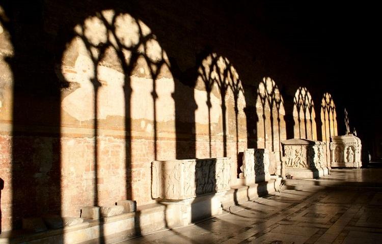 Как строилось древнее кладбище в Пизе - Кампо Санто