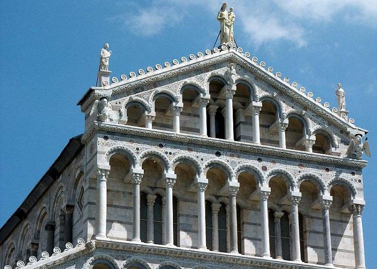 Пизанский Собор и его архитектурный стиль