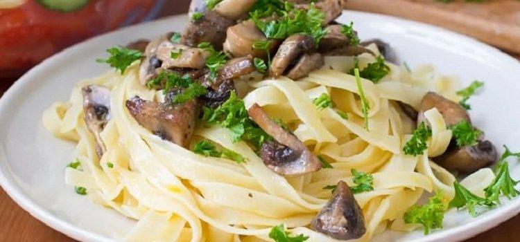 Фетучини с грибами - рецепт приготовления итальянского блюда