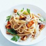 Как приготовить фетучини с курицей и грибами - классический итальянский рецепт