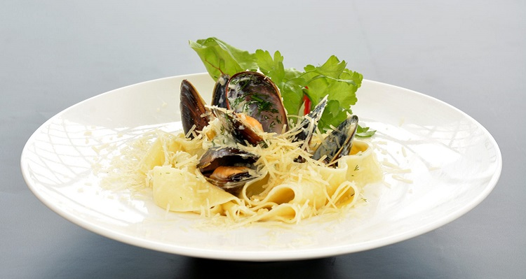 Как приготовить фетучини с морепродуктами - классический итальянский рецепт