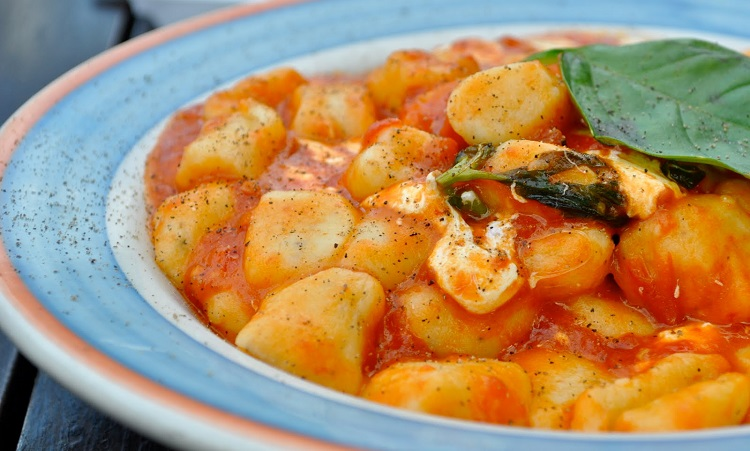 Ньокки с томатным соусом - как приготовить традиционное итальянское блюдо