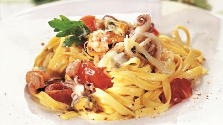 Рецепт приготовления фетучини с морепродуктами в сливочном соусе - несколько советов