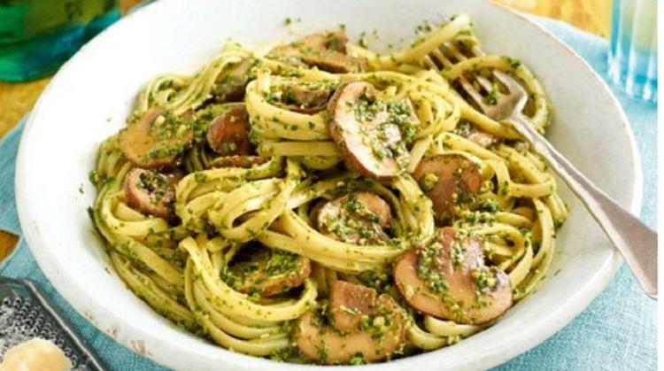 Рецепт приготовления спагетти с соусом песто и грибами - пошаговая инструкция