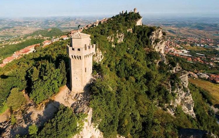Башня Монтале - описание достопримечательности на горе Монте-Титано