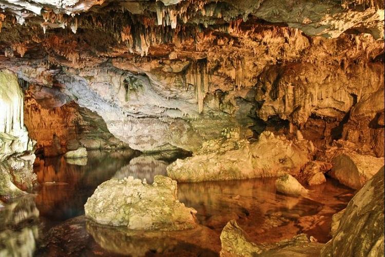 Грот Нептуна на острове Сардиния - несколько интересных фактов о пещерах
