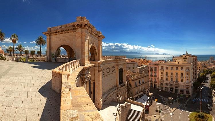 Как выглядит город Кальяри - описание достопримечательностей с фото