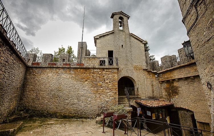 Ла Честа - знаменитая башня республики Италии - Сан-Марино