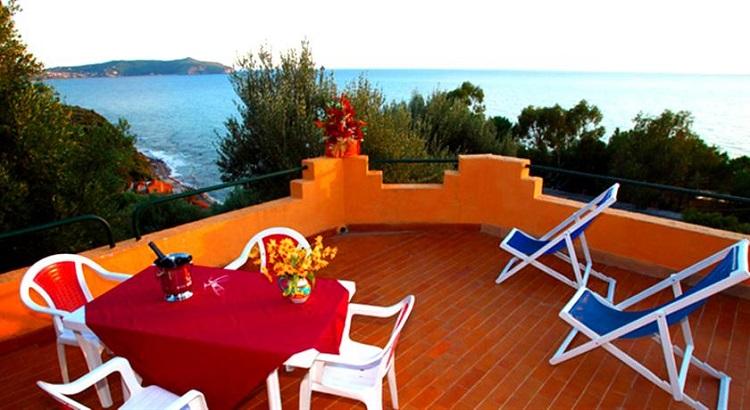 Лучшие отели в городе Кальяри - как выбрать подходящее место для отдыха
