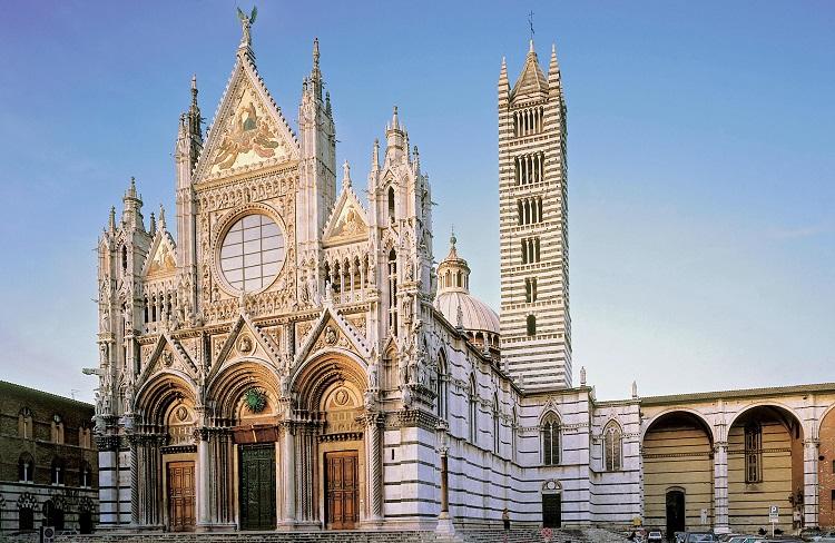 Величественный Кафедральный собор в Сиене и его описание