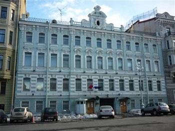 Где нужно обязательно побывать в москве