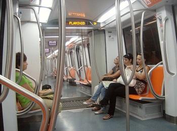 В вагонах метро Рима