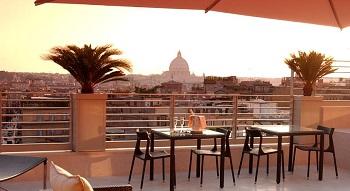 Вид на Ватикан в отеле Hotel Bernini Bristol 5*