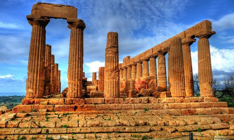Знаменитая Долина Храмов Агридженто