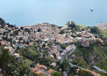 Фото Джардини Наксос с высоты