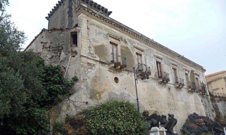 Фото вблизи - замок Кастелло Скизо