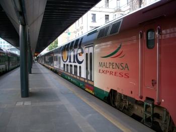 Электричка Мальпенса Экспресс - один из способов добраться до Милана из аэропорта
