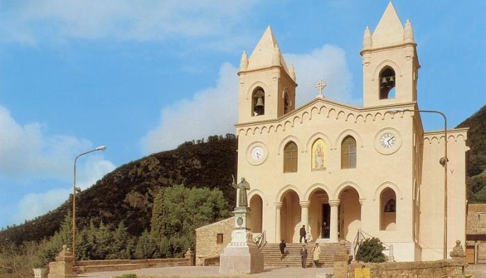Храм Гибильманна в Чефалу