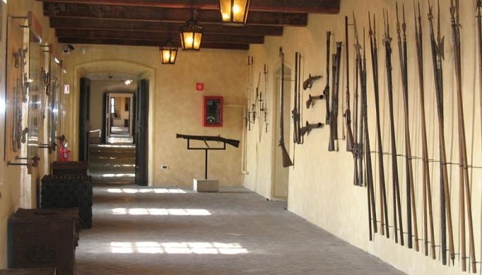 Оружейная палата изнутри (Триест)