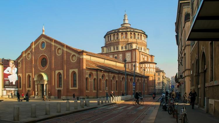 Внешний вид церкви Санта-Мария-делле-Грацие в Милане
