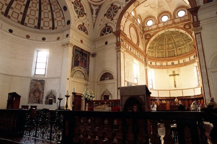 Внутреннее убранство церкви Санта-Мария-делле-Грацие