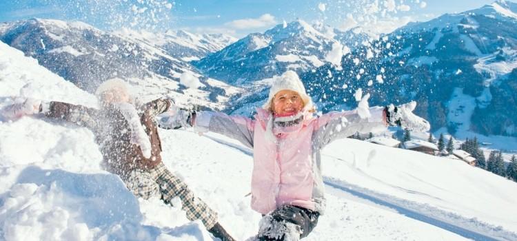 Горнолыжные курорты в Доломитовых Альпах - ярком снежном месте Италии